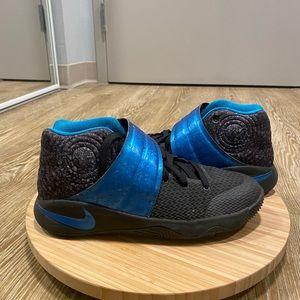 Kyrie 2 water drop size 7y